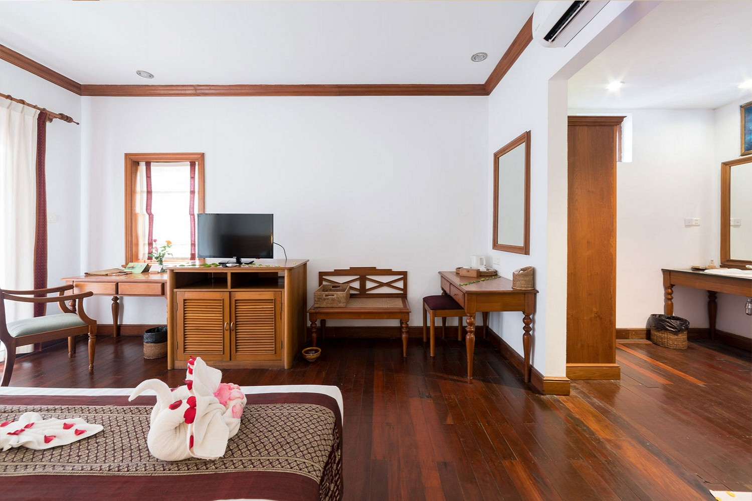 Hotels in ngwe saung beach Myanmar, Hotel in ngwe saung beach Myanmar